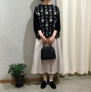 ◯〈Lene〉刺繍が素敵なドッキングカットソー◯